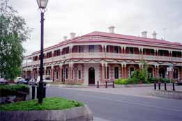 Jens Town Hall Hotel - South Australia Travel