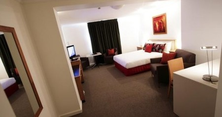 Townhouse Hotel - South Australia Travel