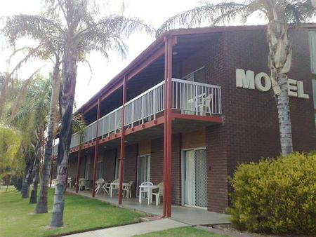 Barmera Hotel Motel - South Australia Travel
