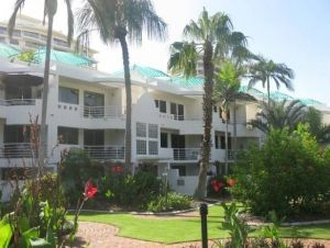 Camargue Beachfront Apartments - South Australia Travel