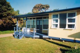 Eskavy Beach House - South Australia Travel