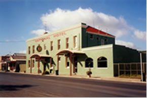 National Hotel - South Australia Travel