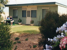 Oaklands Fishing Cottage - South Australia Travel