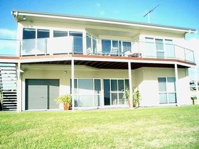 Swanport Views Holiday Home - South Australia Travel