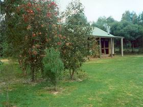 Murray's Country Cottages - South Australia Travel