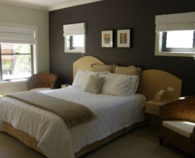CeeSpray on Owen Bed and Breakfast - South Australia Travel