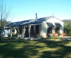 Hillcrest Cottage - South Australia Travel