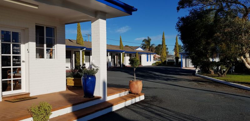 Colonial Motel - South Australia Travel