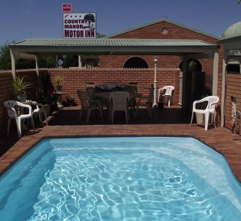 Country Manor Motor Inn - South Australia Travel