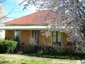Cooma Cottage - Accommodation - South Australia Travel