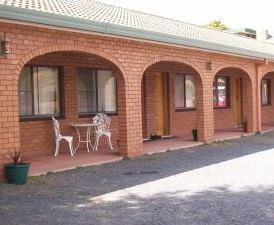Cooma Country Club Motor Inn - South Australia Travel