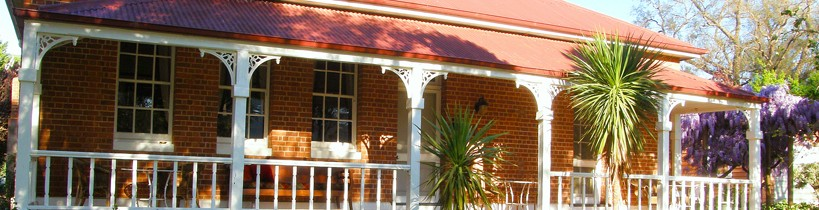 Araluen Old Courthouse Bed and Breakfast - South Australia Travel