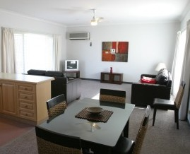 Barham Golden Rivers Holiday Apartments - South Australia Travel
