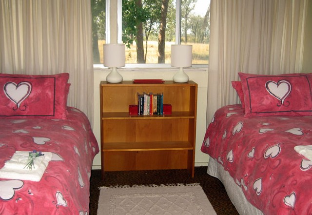 Flag Springs Bush Retreat - South Australia Travel