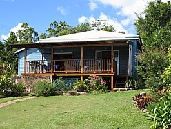 Blue House Family Accommodation - South Australia Travel