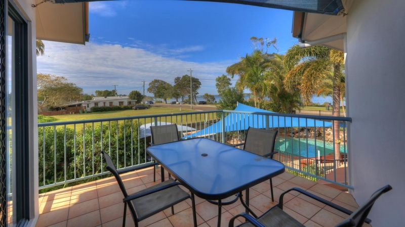 Dolphin Waters Holiday Apartments - South Australia Travel