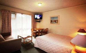 Beaumaris Bay Motel - South Australia Travel