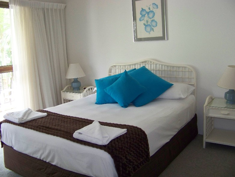 Old Burleigh Court Holiday Apartments - South Australia Travel