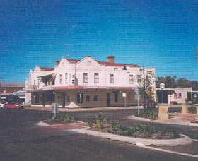 Namoi Hotel Motel - South Australia Travel