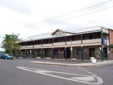 Crown Hotel Motel - South Australia Travel