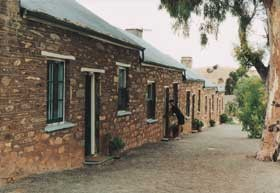 Burra Heritage Cottages - Tivers Row - South Australia Travel