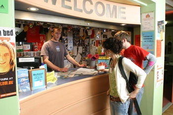 Sydney Glebe Point YHA - Hostel - South Australia Travel