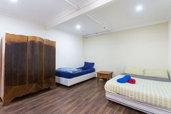 The Village Glebe - Hostel - South Australia Travel
