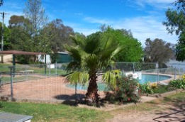 Lake Burrinjuck Leisure Resort - South Australia Travel