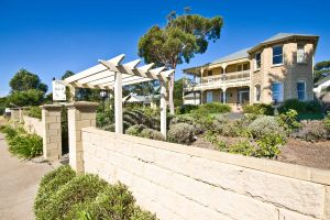 Mount Martha Bed  Breakfast by the Sea - South Australia Travel