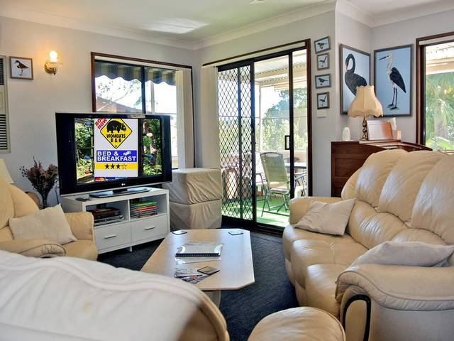 WOMBATS BB - Apartments - AAA 3.5 rated Gosford - South Australia Travel