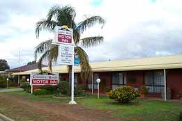 Country Roads Motor Inn - South Australia Travel