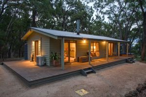 Mirkwood Forest Self-Contained Spa Cottages - South Australia Travel