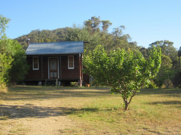 Peach Tree Cabin - South Australia Travel