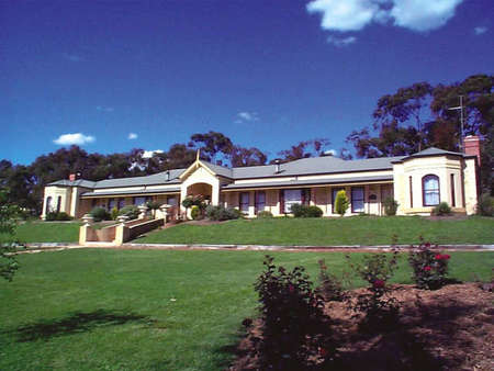 Brice Hill Country Lodge - South Australia Travel