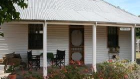Davidson Cottage on Petticoat Lane - South Australia Travel