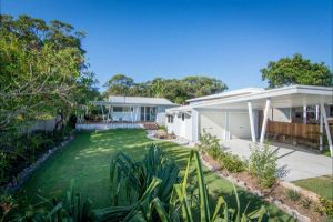 Back Beach Bungalow - South Australia Travel