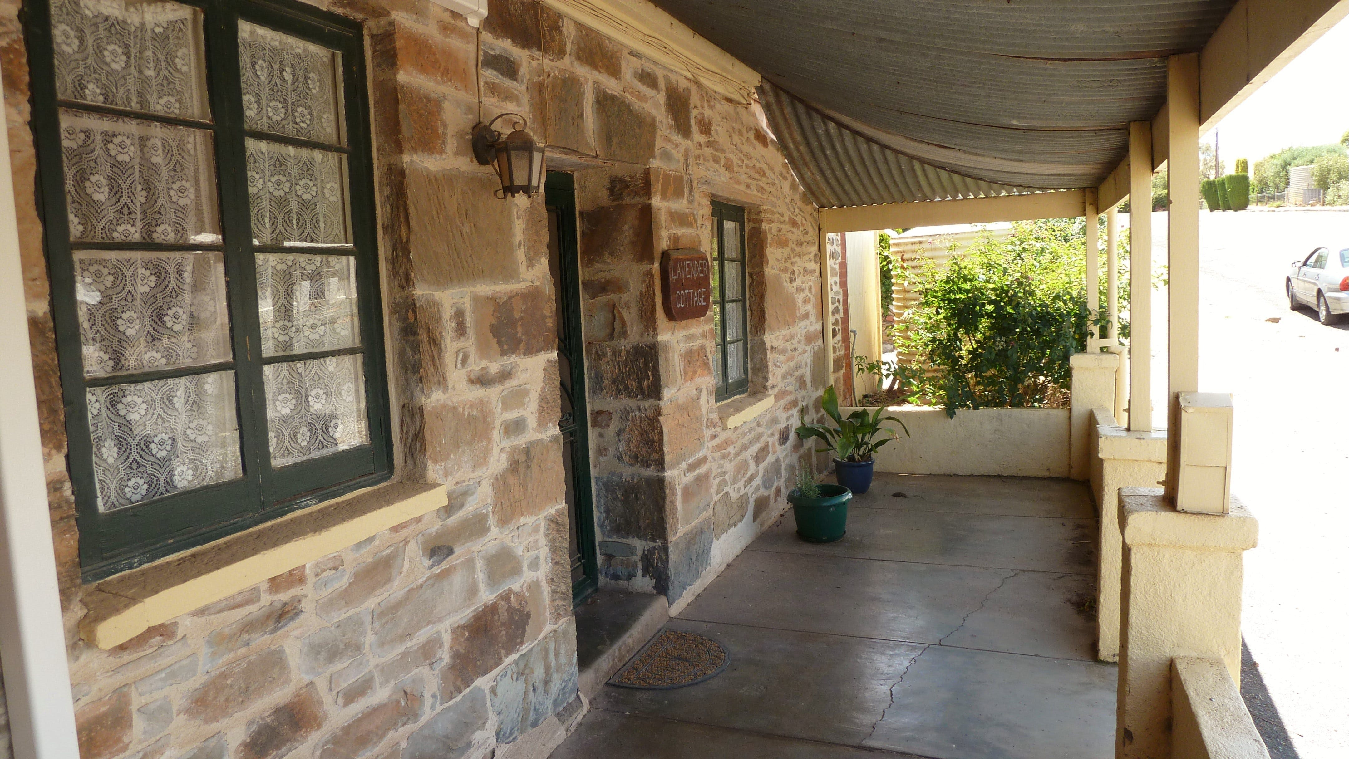 Lavender Cottage Bed And Breakfast Accommodation - South Australia Travel