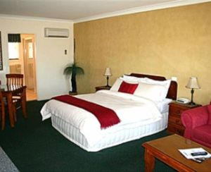 Maynestay Motel - South Australia Travel