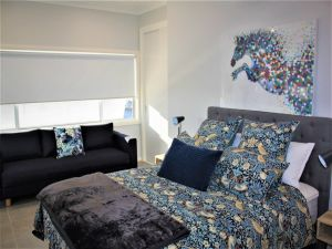 Coolah Shorts - Self Contained Apartments - South Australia Travel