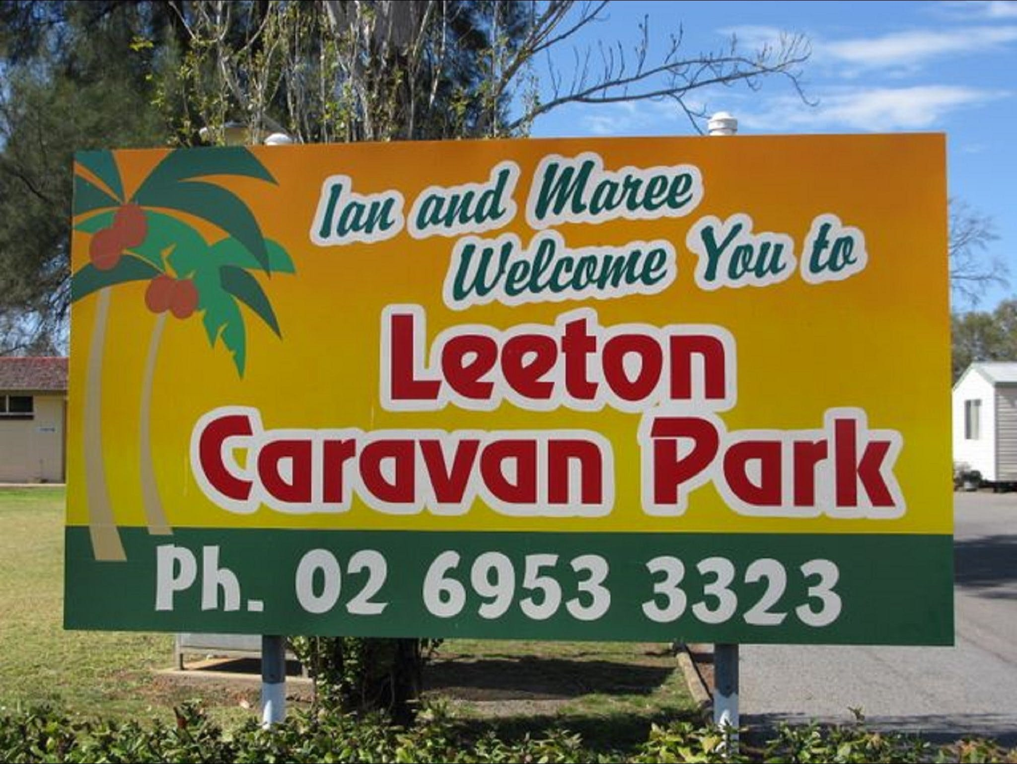 Leeton Caravan Park - South Australia Travel