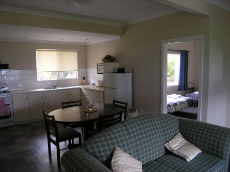 Lilacs Waterfront Villas and Cottages - South Australia Travel