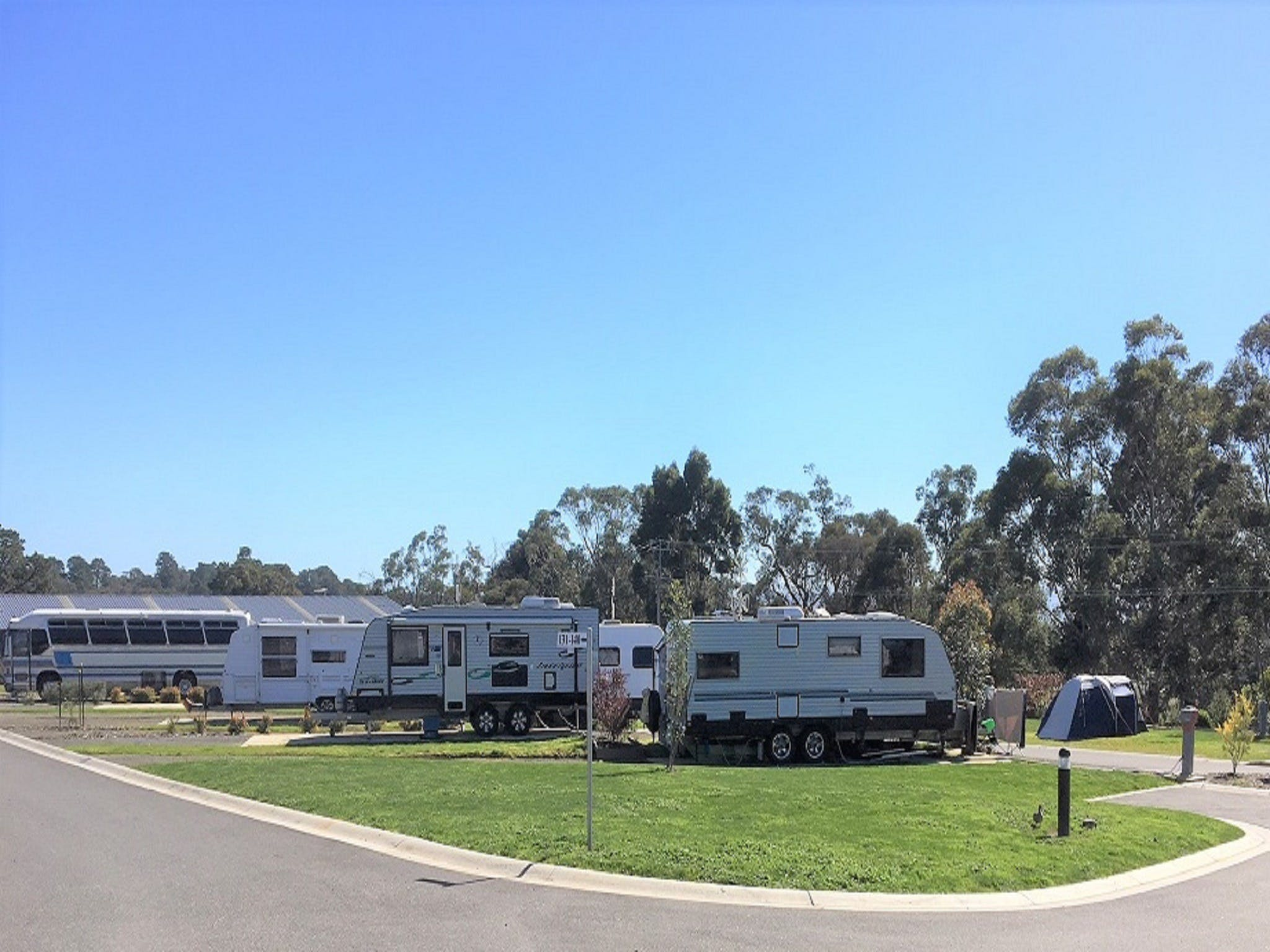 Lilydale Pine Hill Caravan Park - South Australia Travel