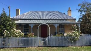 Bellamona - Cosy Georgian Cottage - South Australia Travel