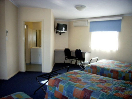 Bairnsdale Main Motel - South Australia Travel
