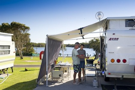 Lake Ainsworth Holiday Park - South Australia Travel