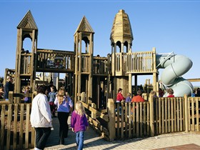 Jubilee Park Adventure Playground - South Australia Travel
