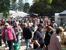 Stansbury Seaside Markets - South Australia Travel