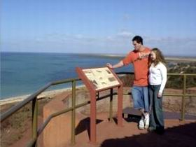 Hummock Hill Lookout - South Australia Travel