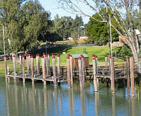Wentworth Wharf - South Australia Travel