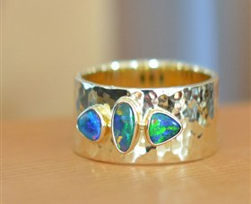 Lost Sea Opals - South Australia Travel